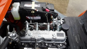 động cơ isuzu c240