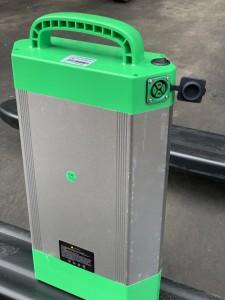 pin lithium xe nâng