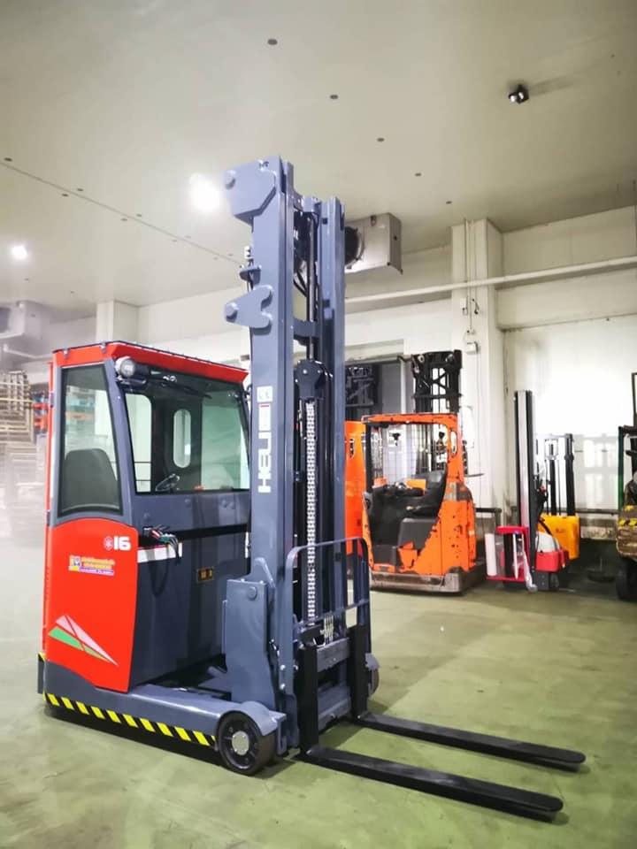 Xe Nang Dien Reach Truck Kho Lanh 1600kg 1.jpg