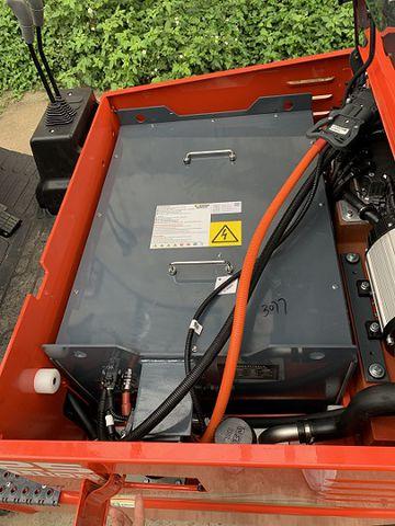 Ắc quy Lithium lắp trên Xe nâng điện Heli